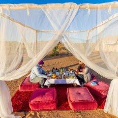 Отель Saharian Camp Марокко, Мерзуга - отзывы, цены и фото номеров - забронировать отель Saharian Camp онлайн помещение для мероприятий