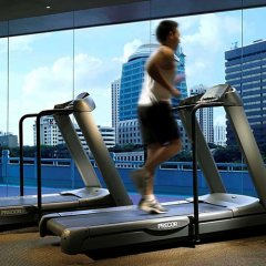 Singapore Marriott Tang Plaza Hotel фитнесс-зал фото 3