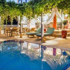 Отель Thalassies Nouveau бассейн