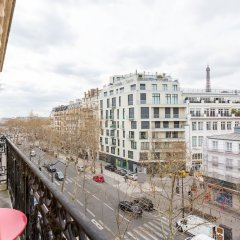 Отель Balcony Views to the Eiffel Tower Франция, Париж - отзывы, цены и фото номеров - забронировать отель Balcony Views to the Eiffel Tower онлайн балкон