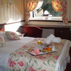 NormanHurst Hotel в номере
