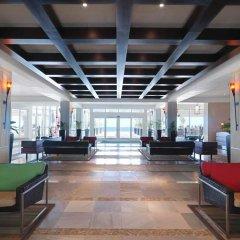 Отель Hilton Rose Hall Resort & Spa - All Inclusive Ямайка, Монтего-Бей - отзывы, цены и фото номеров - забронировать отель Hilton Rose Hall Resort & Spa - All Inclusive онлайн интерьер отеля фото 2