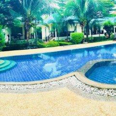 Отель N.T. Lanta Resort Ланта бассейн
