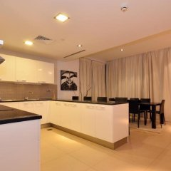 Отель VacationBAY-DIFC-Liberty House Дубай в номере