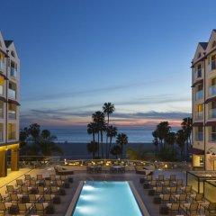 Отель Loews Santa Monica Санта-Моника бассейн фото 2