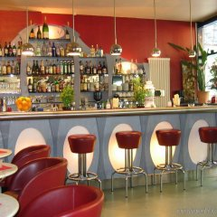 Отель Hollywood Media Hotel Германия, Берлин - 1 отзыв об отеле, цены и фото номеров - забронировать отель Hollywood Media Hotel онлайн гостиничный бар