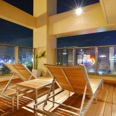 Отель Candeo Hakata Terrace Фукуока бассейн
