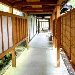 Отель Shiki no Sato Hanamura Япония, Минамиогуни - отзывы, цены и фото номеров - забронировать отель Shiki no Sato Hanamura онлайн парковка