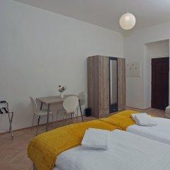 Апартаменты Smeralova Apartments комната для гостей фото 5