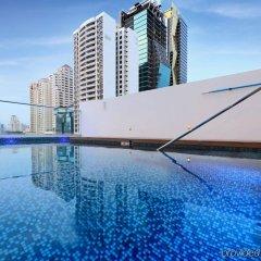 Отель Holiday Inn Express Panama бассейн