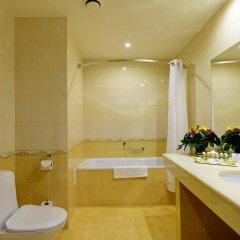 Отель Петро Палас Санкт-Петербург ванная