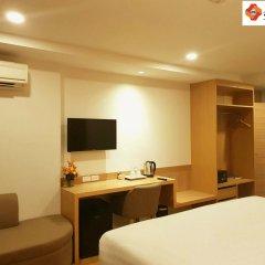 New Square Patong Hotel удобства в номере фото 2
