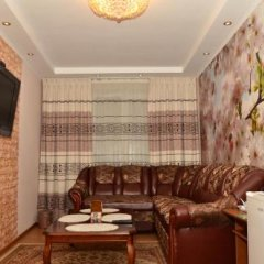 Отель Guest House Domashniy Uyut Кыргызстан, Бишкек - отзывы, цены и фото номеров - забронировать отель Guest House Domashniy Uyut онлайн интерьер отеля фото 2