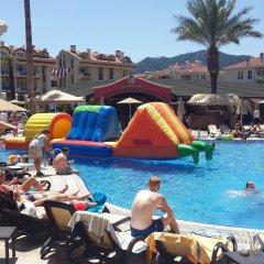 Club Anastasia - Family Hotel бассейн