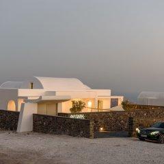 Отель Samsara - Santorini Luxury Retreat Греция, Остров Санторини - отзывы, цены и фото номеров - забронировать отель Samsara - Santorini Luxury Retreat онлайн парковка