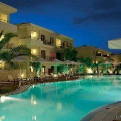 Отель Renaissance Hanioti Resort Греция, Ханиотис - отзывы, цены и фото номеров - забронировать отель Renaissance Hanioti Resort онлайн бассейн