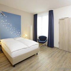 Отель H2 Hotel Berlin Alexanderplatz Германия, Берлин - 5 отзывов об отеле, цены и фото номеров - забронировать отель H2 Hotel Berlin Alexanderplatz онлайн комната для гостей фото 2