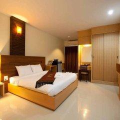Amnauysuk Hotel комната для гостей