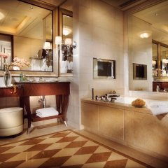 Four Seasons Hotel Macao at Cotai Strip фото 4
