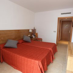 Gran Hotel Don Juan Resort сейф в номере