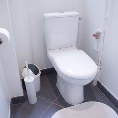 Отель Lokappart Saint Lazare Monceau ванная