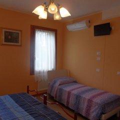 Отель B&B Giardino di Ro Италия, Пьянига - отзывы, цены и фото номеров - забронировать отель B&B Giardino di Ro онлайн комната для гостей фото 2