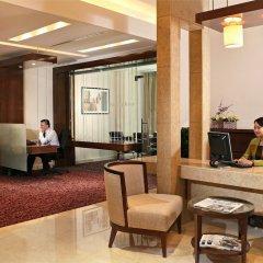 Отель Khalidiya Palace Rayhaan by Rotana, Abu Dhabi интерьер отеля фото 2