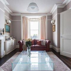 Отель onefinestay - Primrose Hill Apartments Великобритания, Лондон - отзывы, цены и фото номеров - забронировать отель onefinestay - Primrose Hill Apartments онлайн комната для гостей фото 3