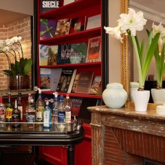 Hotel Relais Saint Jacques гостиничный бар