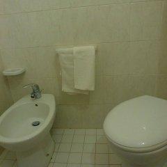 Отель Edelweiss Италия, Риччоне - отзывы, цены и фото номеров - забронировать отель Edelweiss онлайн ванная