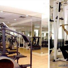 Warwick Palm Beach Hotel фитнесс-зал фото 3