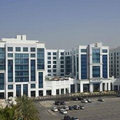 Отель Hyatt Place Dubai Al Rigga Residences парковка