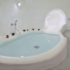 Отель Cave Suite Oia Греция, Остров Санторини - отзывы, цены и фото номеров - забронировать отель Cave Suite Oia онлайн ванная