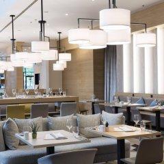 Отель Courtyard by Marriott Brussels гостиничный бар