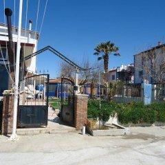 Bells Motel Турция, Урла - отзывы, цены и фото номеров - забронировать отель Bells Motel онлайн пляж фото 2