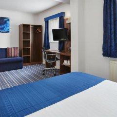 Отель Holiday Inn Express London Victoria комната для гостей