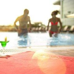 Отель Oryx Rotana бассейн фото 2