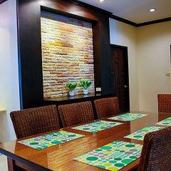 Отель Thai Family Rawai Pool Villa интерьер отеля фото 3