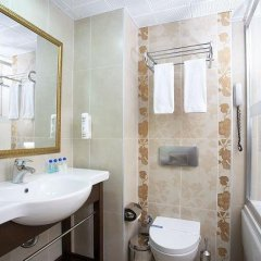 Emre Beach Hotel Турция, Мармарис - отзывы, цены и фото номеров - забронировать отель Emre Beach Hotel онлайн ванная фото 2