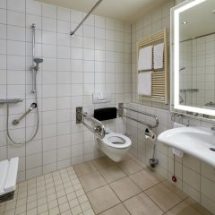 Отель Hilton Cologne ванная фото 4