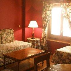 Отель Apartamentos Serrano комната для гостей