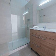Отель Agi Peater Center Испания, Курорт Росес - отзывы, цены и фото номеров - забронировать отель Agi Peater Center онлайн ванная