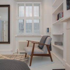Отель 4 Bedroom House Next to Primrose Hill Великобритания, Лондон - отзывы, цены и фото номеров - забронировать отель 4 Bedroom House Next to Primrose Hill онлайн комната для гостей фото 4