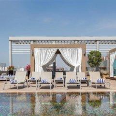 Radisson Blu Hotel, Dubai Media City бассейн фото 2