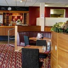 Best Western Kings Manor Hotel гостиничный бар