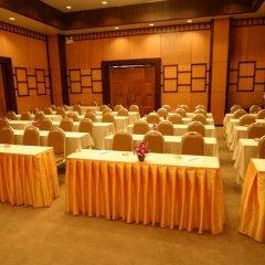 Отель Pinnacle Grand Jomtien Resort