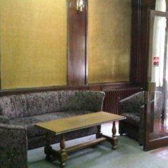 Hotel Dom Белград гостиничный бар