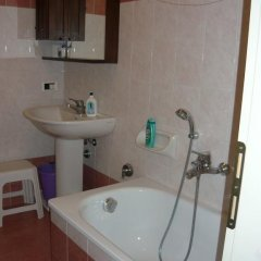 Отель Appartamento delle Rose Карпенья ванная
