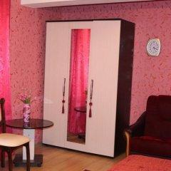 Гостиница Комплекс мини-гостиниц «Дженнет» сейф в номере