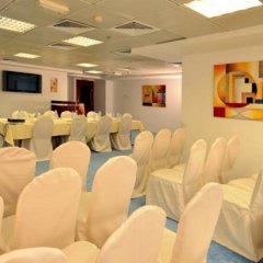 Отель Tulip Inn Sharjah ОАЭ, Шарджа - 9 отзывов об отеле, цены и фото номеров - забронировать отель Tulip Inn Sharjah онлайн помещение для мероприятий